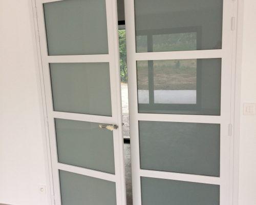 Porte d'intérieur 12